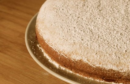 Jam-Filled Browned Butter Cake 1