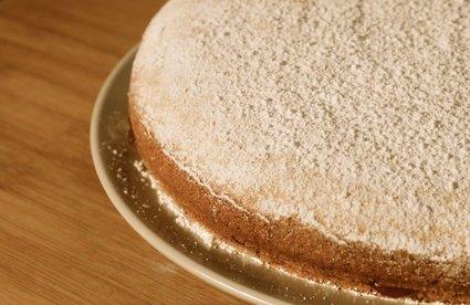 Jam-Filled Browned Butter Cake 1