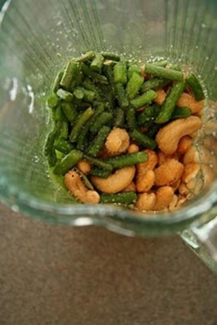 Vegan Garlic Scapes Pesto 1
